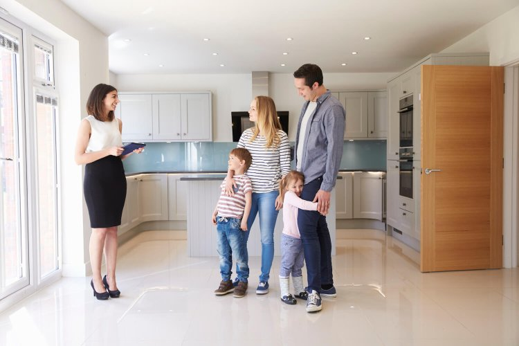 How to Succeed as a  Residential Real Estate Agent